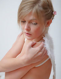 Lovely nude angel - part 1512